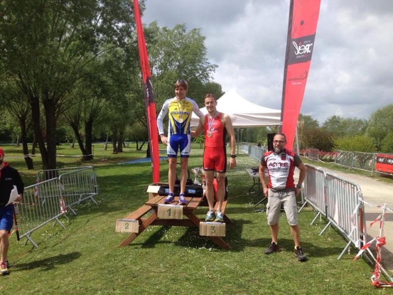 podium Gislain